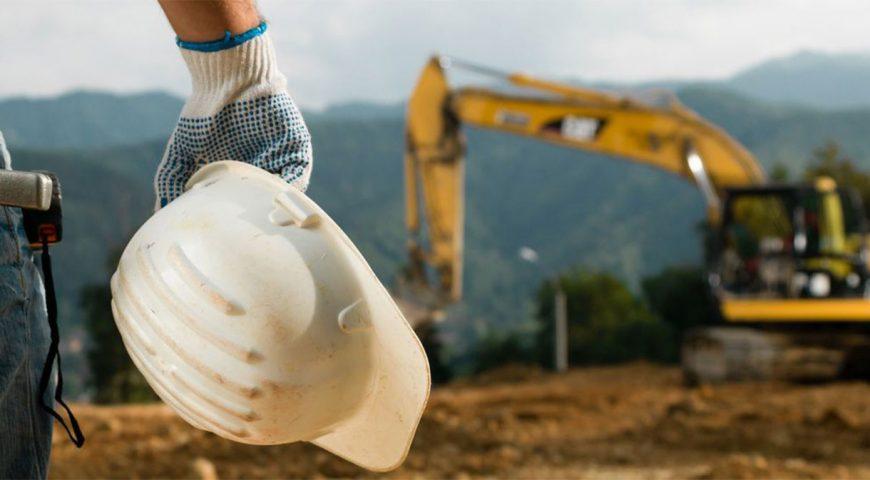 Indústria da construção marca queda na atividade e emprego